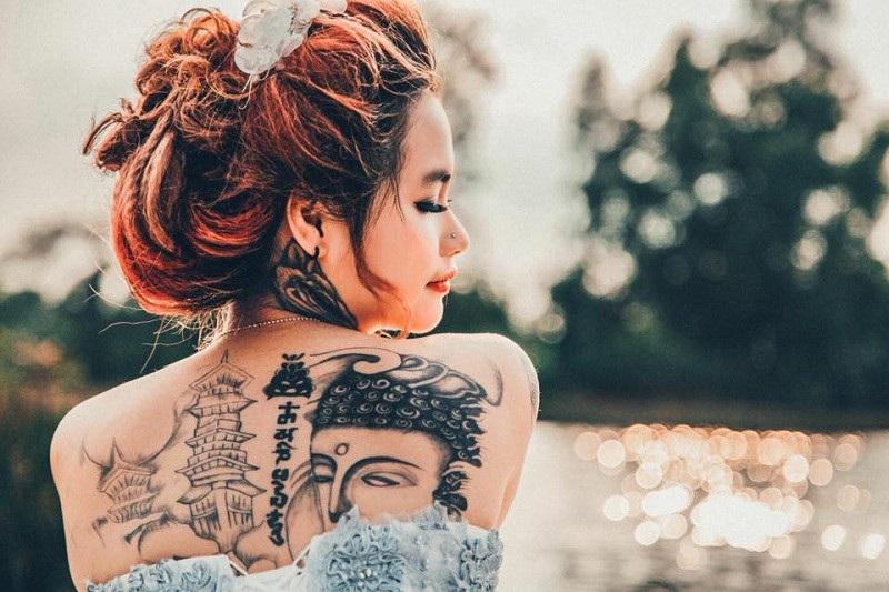 Cô gái xinh đẹp xăm kín người khoe ảnh váy cưới gây sốt mạng | Báo Dân trí